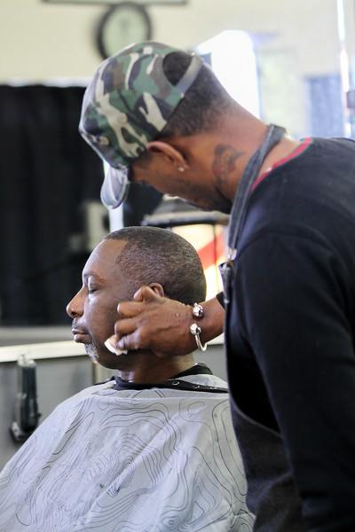 Santana Moss @ Hangtime Barbershop