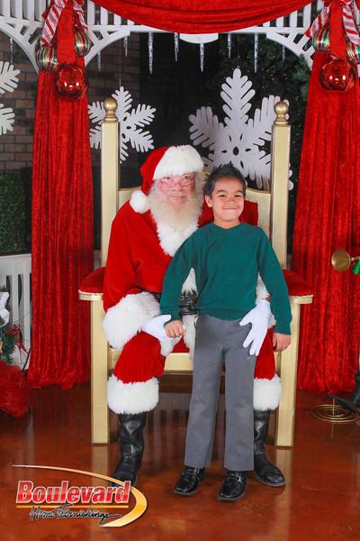 Santa 12-10-16-253.jpg