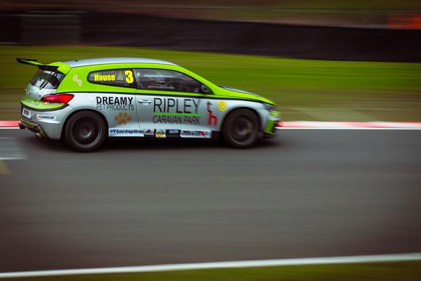 Oulton Park Racing