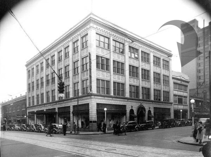 129 Adams 1930s-M.jpg