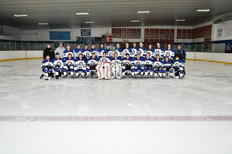 Varsity_Team_Pic_ROB_Orig.jpg
