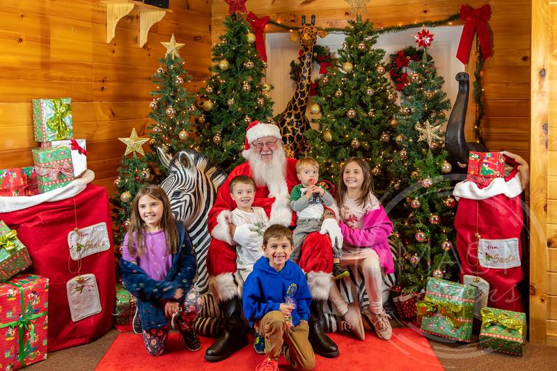 2019-12-01 Santa at the Zoo-7595.jpg