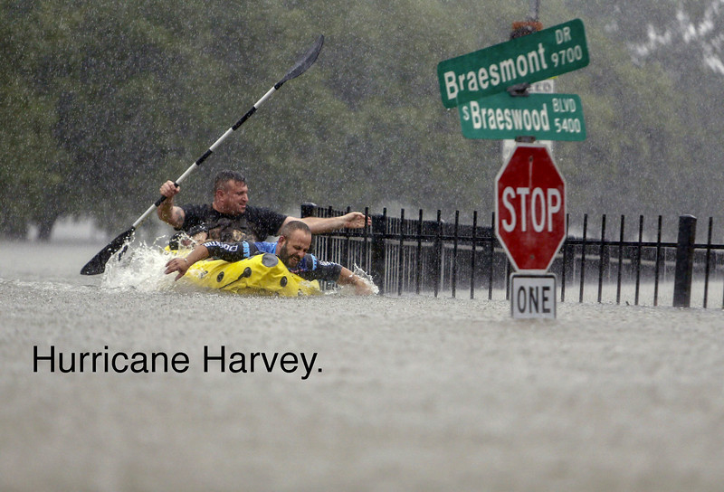 la-na-hurricane-harvey-pictures-20170825-073.jpg