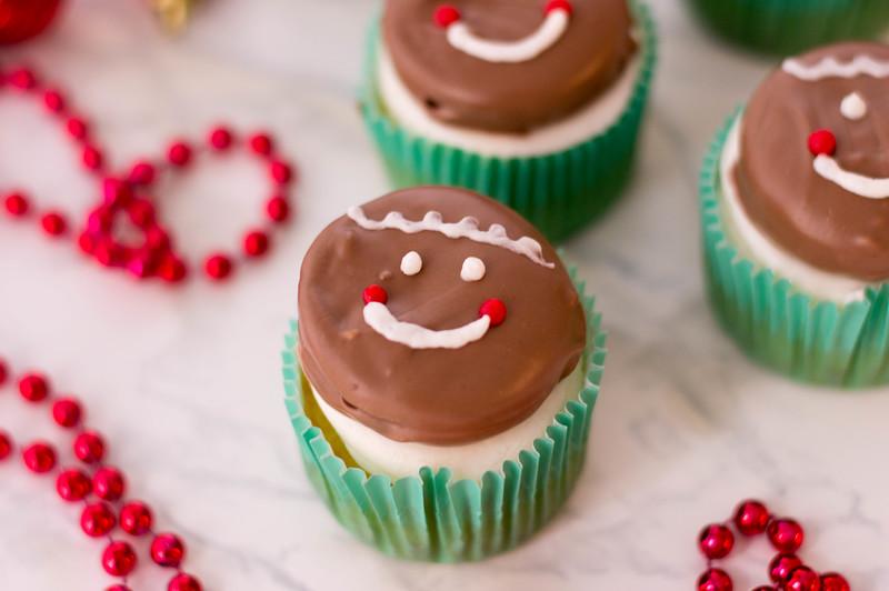 GingerbreadOreoCupcakes5-e.jpg