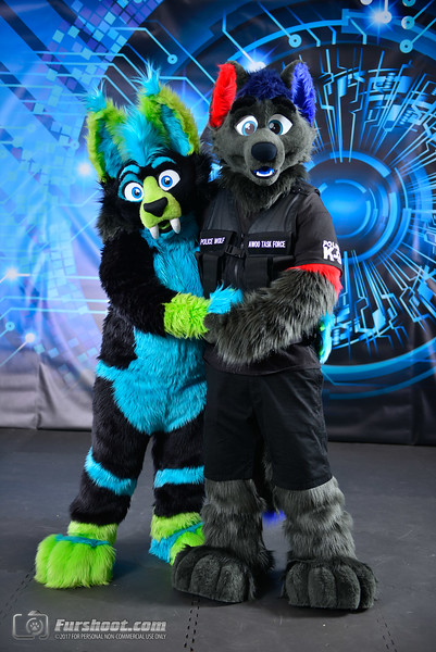 Police Wolf and Saber Glo-7.jpg