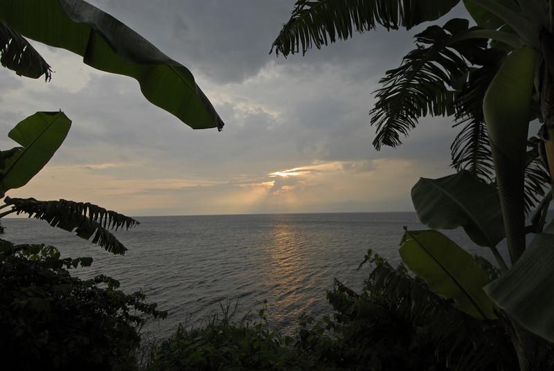 070116 4810 Burundi - Sunset near Bujumbura _E _L ~E ~L.JPG