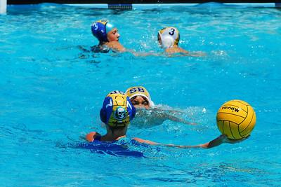Santa Barbara Water Polo Club 12U Boys vs 14U Girls at Agoura 5/31/08.  SBWPC