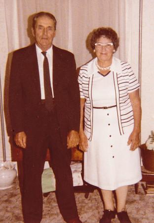 Schrack, Roy D. & Mae M. (Troutman)