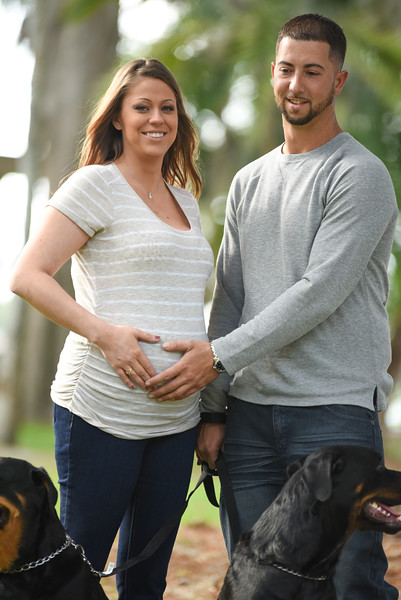 Kenny & Nicole's Maternity Photos