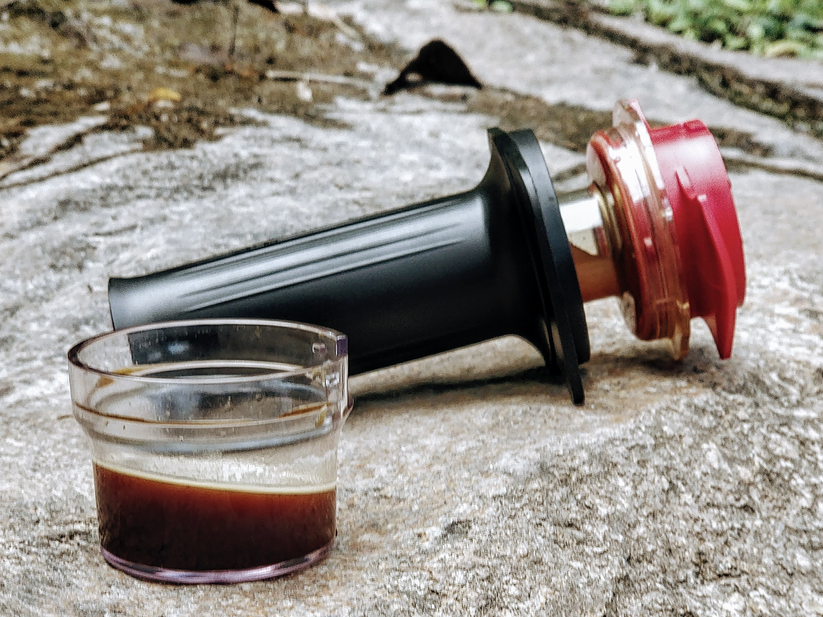 Best Travel Coffee Maker: Brewing Coffee on the Road