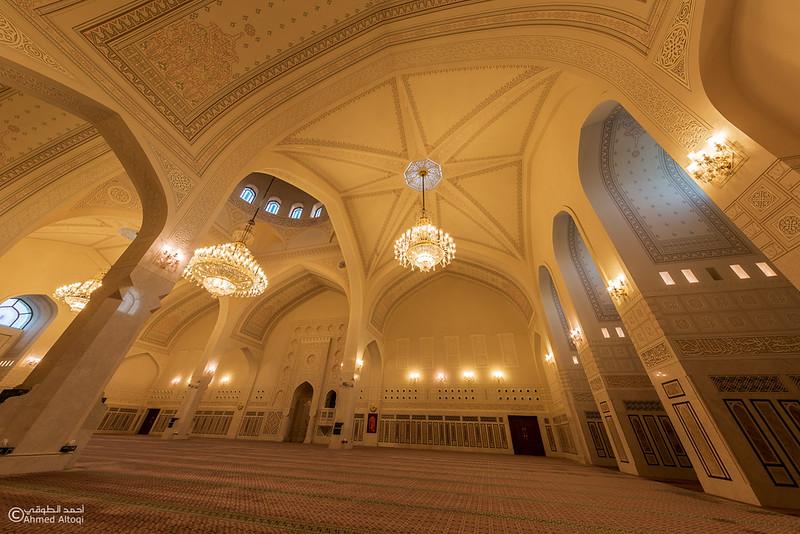 Saidah Mayzoon Mosque - Muscat.jpg