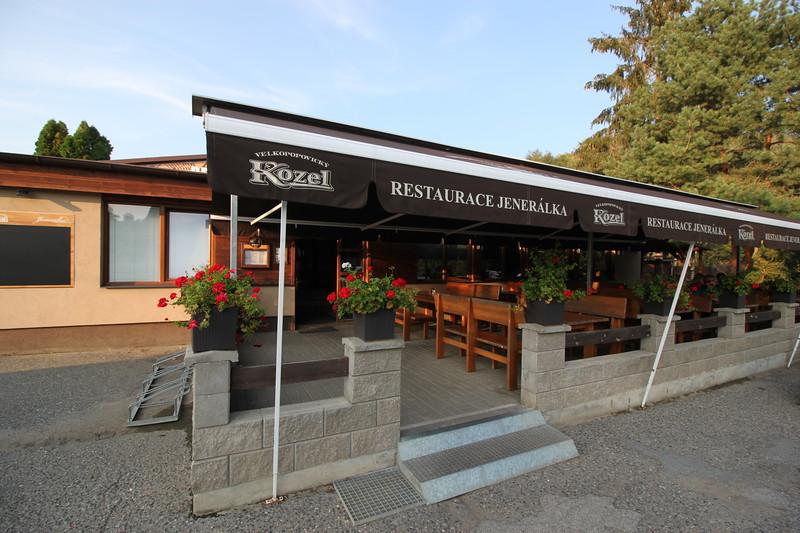 Pub Restaurant Jenerálka 7km buses 316 356