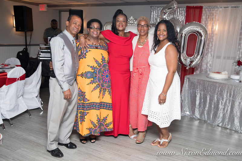 Jackies50th-105.jpg