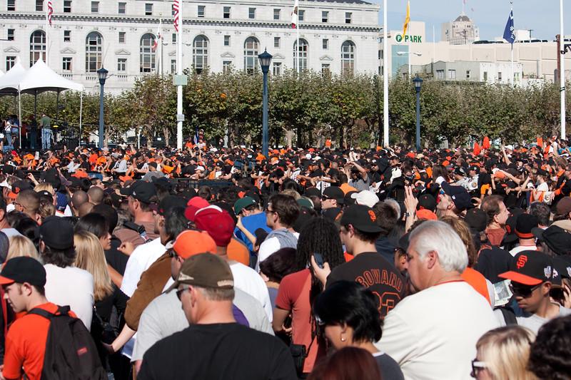 Crowd-000049.jpg