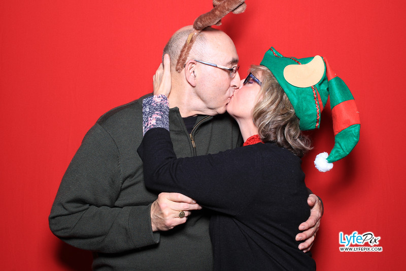 eastern-2018-holiday-party-sterling-virginia-photo-booth-0194.jpg