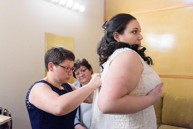 Bride&Bridesmaids_22.jpg