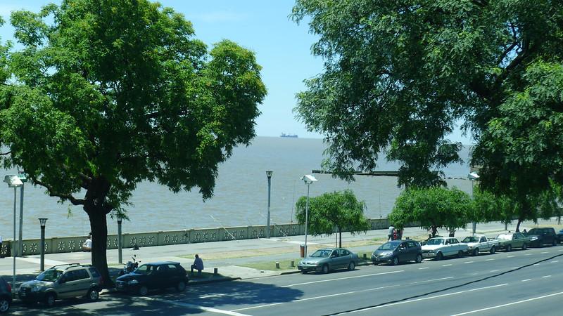 "Looking from inside (AEP) Aeroparque ""Jorge Newbery"" is Río de la Plata (River Plate)"
