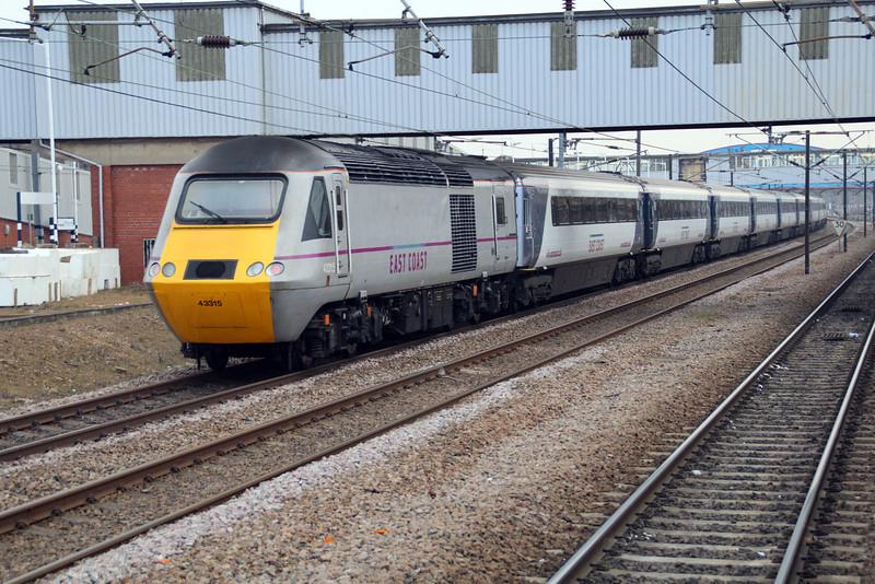 43295_43315 1506 East Coast Service to Kings Cross.