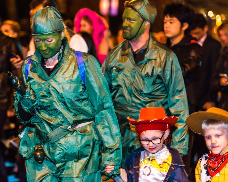 10-31-17_NYC_Halloween_Parade_396.jpg