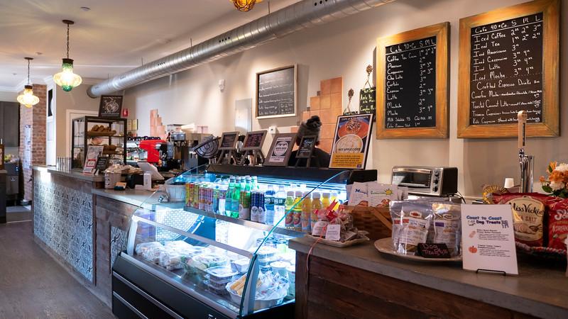 New-York-Dutchess-County-Poughkeepsie-Cafe-40-01.jpg