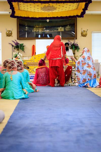 Neelam_and_Matt_Gurdwara_Wedding-1492.jpg