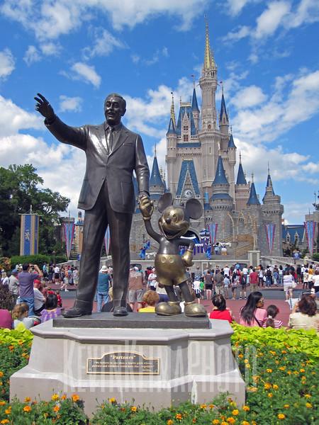 Disney_0939_edited-1.JPG