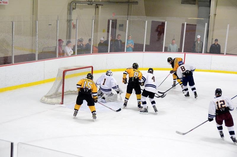 141004 Jr. Bruins vs. Boston Bulldogs-105.JPG