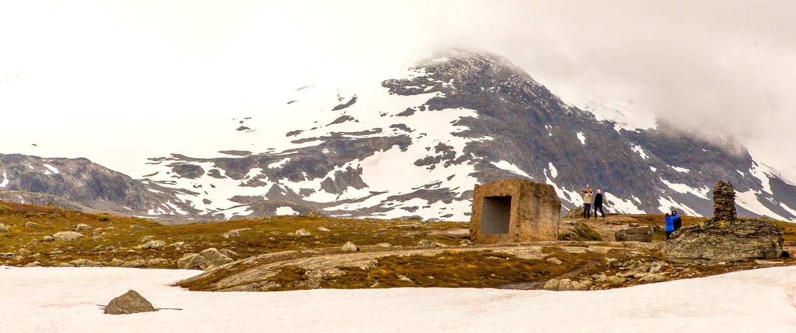 挪威屋脊(Sognefjellet),踏上终年不化的冰川雪山