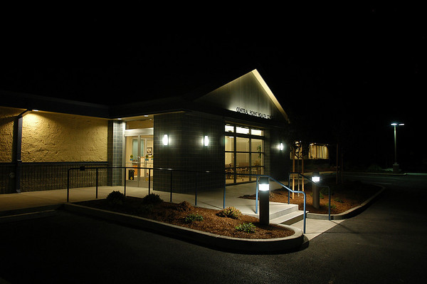 Central Point Clinic Opens
