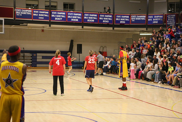 2014-11-19 Harlem Wizards Hampton PTA