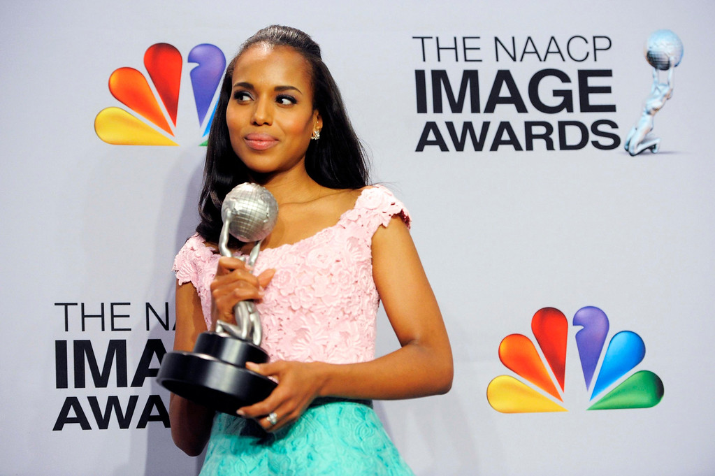 ". Kerry Washington poses backstage with the award for outstanding actress in a drama series for ""Scandal\""  at the 44th Annual NAACP Image Awards at the Shrine Auditorium in Los Angeles on Friday, Feb. 1, 2013. (Photo by Chris Pizzello/Invision/AP)"