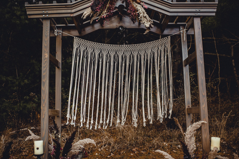 Requiem Images - Luxury Boho Winter Mountain Intimate Wedding - Seven Springs - Laurel Highlands - Blake Holly -1130.jpg