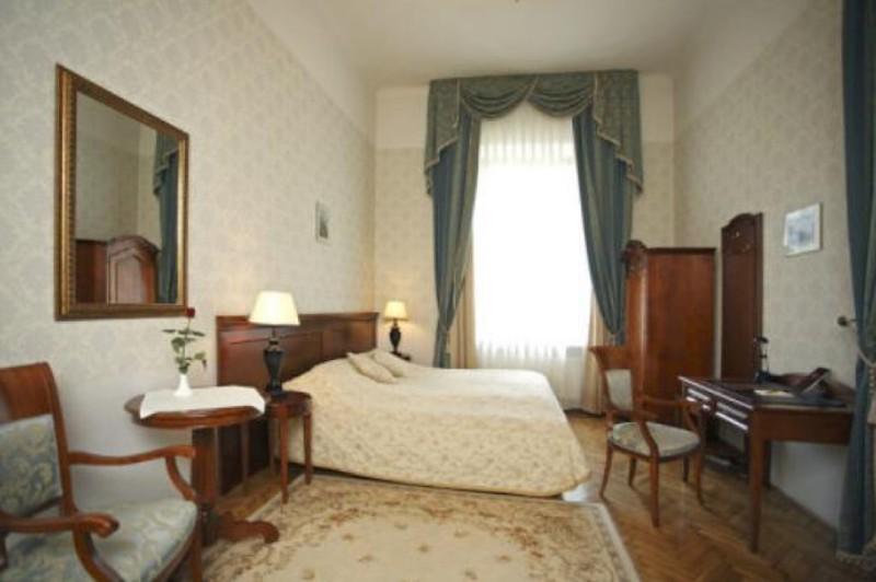 ostoya-palace-hotel-krakow1.jpg