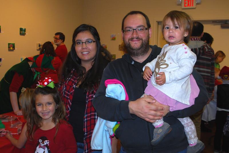 Leah & Stefan Fode with children Tessa & Emily Fode.jpg