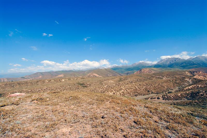 060726 2326 Kyrgystan - Lake Issuk-Kul - Mountain Hike _D _E _I ~E ~L.JPG