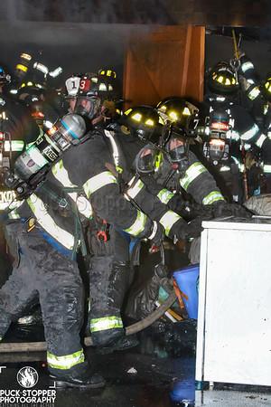 2 Alarm Garage Fire - 542 E Jersey St, Elizabeth, NJ - 7/4/20