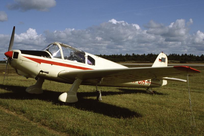D-EFOH-KlemmKl107C-Private-EKVJ-1998-06-13-FB-22-KBVPCollection.jpg
