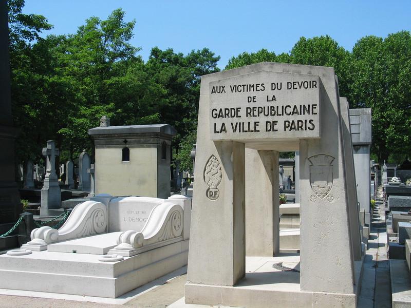 Garde Republicaine Monument