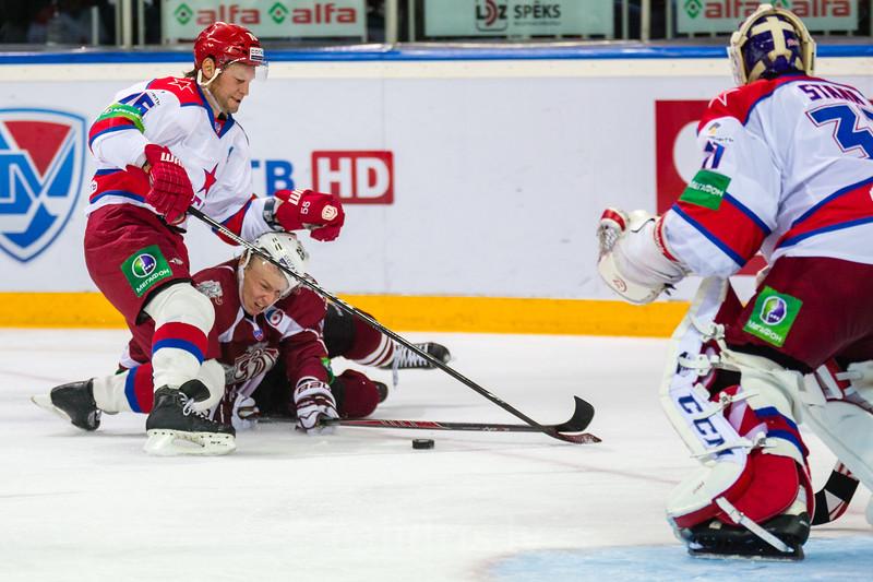 Markov Daniil (76) aptur Andri Džeriņu (25)