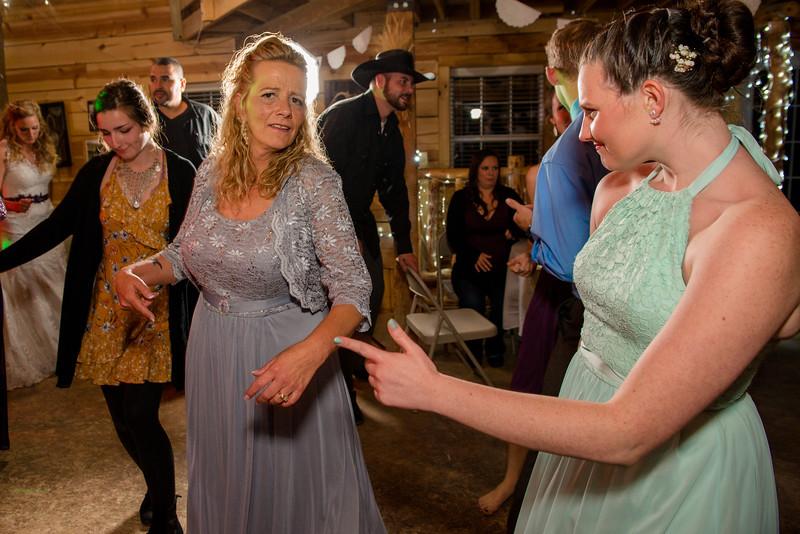 2017-05-19 - Weddings - Sara and Cale 3492.jpg