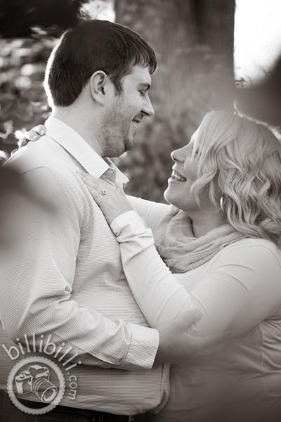 John and Johnann - Bentonville Engagement Photos-14.JPG