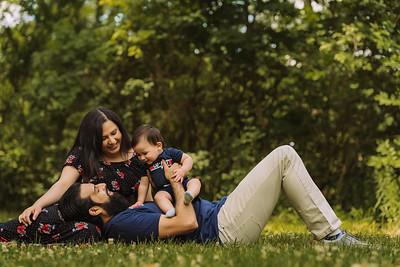 Ammad & Maha Family Photoshoot