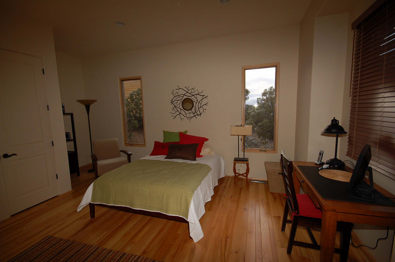 guest room showing schiller desk.jpg