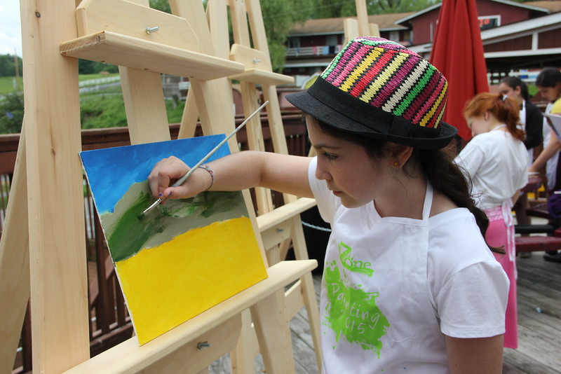 kars4kids_thezone_camp_GirlDivsion_workshops_Painting (37).JPG