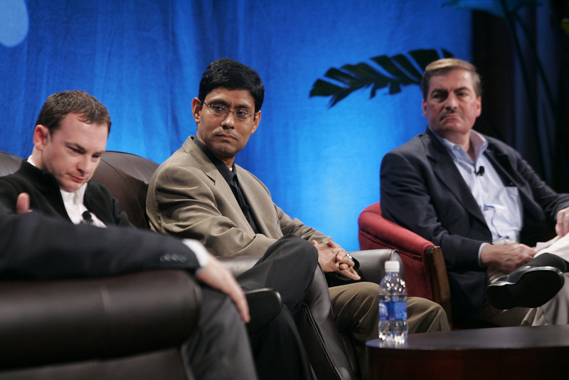 """""""Collaborative (Green) Innovation"""": (L-R) Mark Turrell, CEO, Imaginatik; Prith Banerjee, Senior VP, Research, and Director, HP Labs, Hewlett-Packard; and Steve Di Biase, Senior VP and Chief Scientific Officer, JohnsonDiversey Inc."""