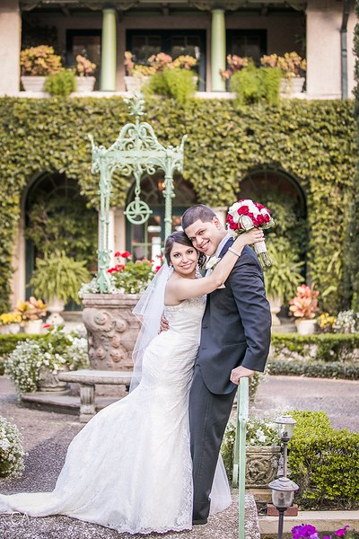 CAP-2014-Katherine-Josh-Wedding-Mr-Mrs-1084.jpg