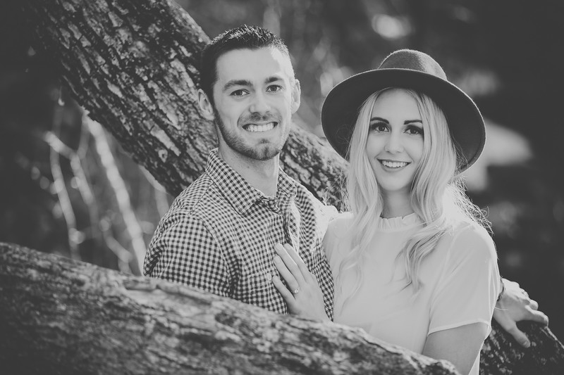 Engagement-035bw.jpg