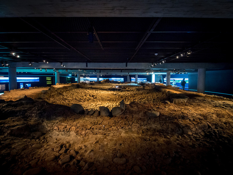 The Settlement Museum 870 +/-2 contains an excavated Viking longhouse still in place in the basement of a hotel in Reykjavik