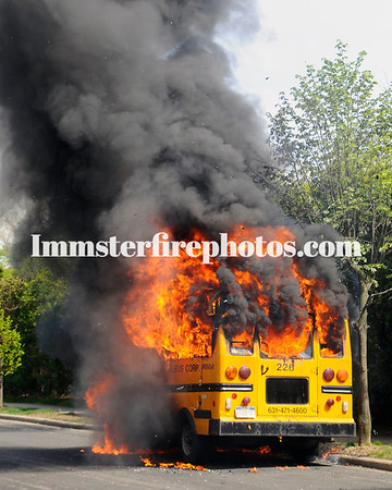 Syosset FD School Bus Dawes Ave 4-29-09