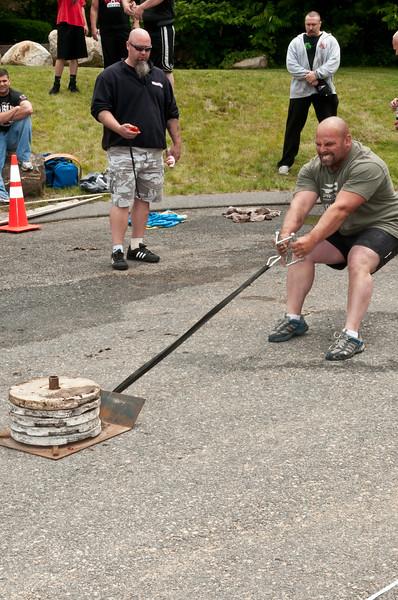 Fitness Revolution Strongman Challenge 2011_ERF4201.jpg